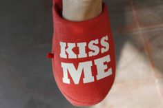 Kiss me please