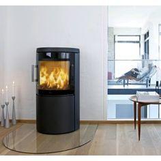 Met een #Hwam 3420C komt de natuur uw woonkamer binnen in de vorm van een dikke topplaat van speksteen. De Hwam 3420C kan ook worden aangevuld met een voet van speksteen, die van de #houtkachel een fraai geheel maakt. #Houthaard #Fireplace #Fireplaces #Kampen #Interieur