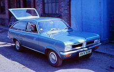 Vauxhall_Viva_HC_Estate.jpg (1789×1132)
