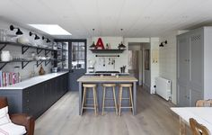 Gray and white London kitchen renovation, open shelving inspired by French bistros, Remodelista Grey or blue/grey for new kitchen color? Open Plan Kitchen, New Kitchen, Kitchen Ideas, Kitchen Island, Kitchen Larder, Kitchen Board, Cozy Kitchen, Shaker Kitchen, Plain English Kitchen