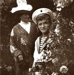 Tsarevich Alexei and his autie Princess Irene of Hesse.