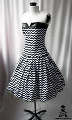 i want this for my black and white party thursday. :(