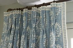 Vanessa Arbuthnott Fabrics Love the leading edge and top banding on the beautiful blue & white draperies. Lovely pleats!