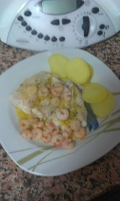 MERLUZA CON GAMBITAS THERMOMIX TM 31 (PESCADOS) Fish And Seafood, Cooking Recipes, Menu, Breakfast, Ideas, Gastronomia, Recipes With Vegetables, Homemade Food, Menu Board Design