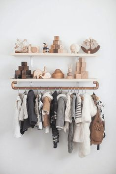 Decorating the Nursery: The Complete Guide To A Beautiful Baby's Room Love this shelf setup.