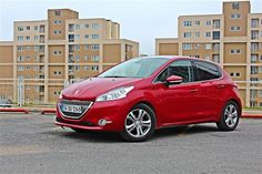 #Peugeot 208 1.6 VTi Allure Otomatik: Şehirli ve otomatik #arabamtest #alpergüler  Detaylar: http://www.arabam.com/Test/Peugeot-208-16-VTi-Allure-Otomatik/Detay-297383