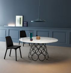 Hulahoop Table - Alessabdro Busana / Flute Chair - Mauro Lipparini www.bonaldo.it