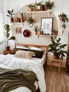 Room Ideas Bedroom, Diy Bedroom Decor, Bedroom Plants Decor, Aesthetic Room Decor, Cozy Room, Dream Rooms, My New Room, House Rooms, Room Inspiration