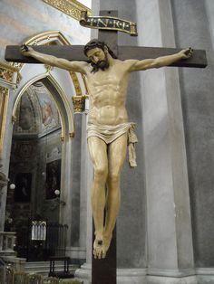 Crucified Christ - wooden and polychrome sculpture 16th century - Church of San Domenico Maggiore in Naples   da * Karl *