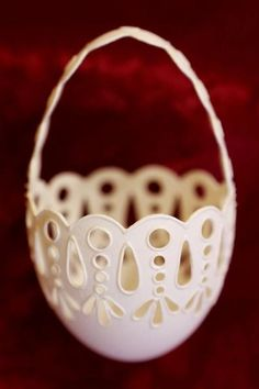 Elaborately carved eggs | Reuters.com