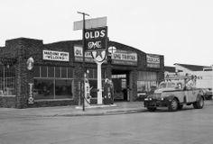 441 best Vintage Car Dealerships images on Pinterest   Antique cars, Retro cars and Vintage cars