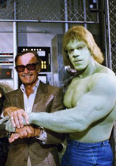 Stan Lee with Lou Ferrigno as the Hulk - Stan Lee is the pioneer for the comic book world with his career and contributions that he started in Marvel Comics.