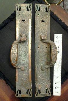 Antique Reading Columbian Fox Head Large Solid Bronze Thumb Latch Handles
