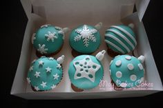 Christmas ornaments cupcakes