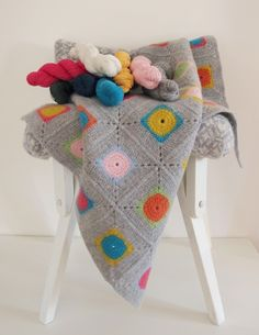 Luxury Granny Square Crochet Blanket Kit / DIY | Warm Pixie #crochetkit #crochetblanket #grannysquare