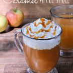 Caramel Apple Spice {Guest Post} Caramel Apple Spice… A Starbucks Copycat Drink Recipe ~ YUM… Make your favorite Fall coffee shop drink at home! This Caramel Apple Spice is served piping hot and will keep you warm as the days get cool… Caramel Apple Spice Recipe, Starbucks Caramel Apple Spice, Café Starbucks, Starbucks Pumpkin, Starbucks Fall Drinks, Spiced Apples, Caramel Apples, Apple Recipes, Fall Recipes