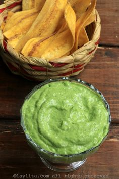 Salsa de aguacate Sauce Recipes, Cooking Recipes, Deli Food, Colombian Food, Latin Food, Mexican Food Recipes, Buffalo Chicken, Food Porn, Food And Drink