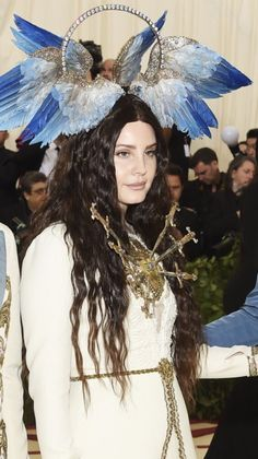 Lana Del Rey at the 2018 Met Gala: Catholicism and Heavenly Bodies