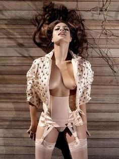 Eva Mendes nude galleries - UkPhotoSafari