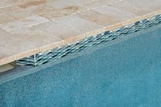 Choosing the right type of tile for your new or renovated pool is essential in continuing the style of the home and backyard space. Swimming Pool Tiles, Swimming Pool Designs, Pool Pavers, Pool Landscaping, Waterline Pool Tile, Glass Pool Tile, Florida Pool, Pool Finishes, Pool Colors