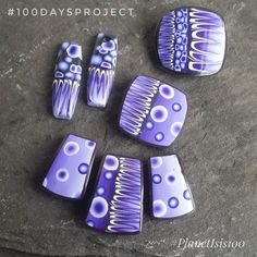 Today's Purples made using some canes I made a while ago...(I do hoard a few faves!). I have a plan in mind for these!