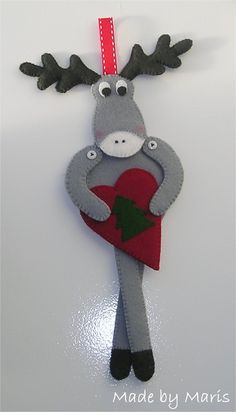 reindeer with heart decoration