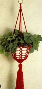 Crochet Plant Hanger Pattern « The Yarn Box ~ Perhaps without the tassle. Crochet Gifts, Crochet Yarn, Crochet Flowers, Crochet Fruit, Crochet Plant Hanger, Macrame Plant Hangers, Confection Au Crochet, Crochet Home Decor, Craft Free