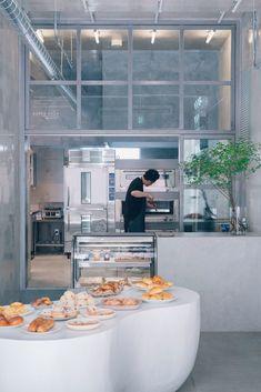 fathom designs japanese bakery ripi as a continuous space of concrete + glass Cake Shop Design, Coffee Shop Design, Bakery Design, Cafe Design, Store Design, Kitchen Design, Kitchen Ideas, Bakery Store, Bakery Cafe