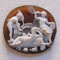 Many of the Cameos were created with banded agates, carving in different layers and different levels resulting in stunning light and shadow effects, like one with a Bacchic Group carved in Sardonix. Roman