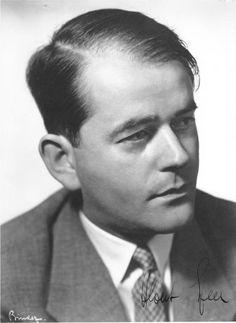 [Photo] Portrait of Albert Speer, 1933   World War II Database (Bundesarchiv)