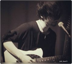 With a little smile... #torukitajima #tk #tkfromlingtositesigure #lingtositesigure #music #japanrock #rock #japan #song #guitar #guitarist #vocalist #perfect #concert #japaneserock #realmusicians #smile #fan #fanclub