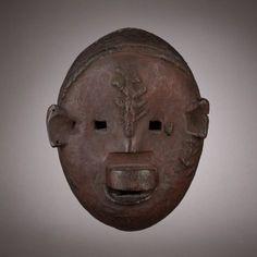 Jacaranda Tribal Red Pigment, Female Mask, Tribal Art, Natural Red, Tanzania, Art Gallery, Lion Sculpture, York, Statue