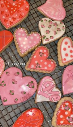 Pretty Birthday Cakes, Pretty Cakes, Cute Cakes, 16th Birthday, Cute Food, Yummy Food, Cute Baking, Food Porn, Cute Desserts