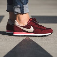 on sale 610a8 ca844 Nike WMNS Air Pegasus 83 (rot) - 43einhalb Sneaker Store Fulda Shoes  Sandals