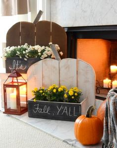 Woodwork Tricks Rustic Fall Mantel with DIY Barn Wood Shutters Our Grandfather Clock Rustic Wood Crafts, Diy Wood, Rustic Curtain Rods, Pumpkin Display, Wood Pumpkins, Wood Shutters, Diy Pumpkin, Diy Pallet Furniture, Wood Cutouts