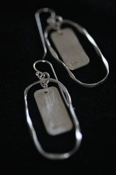 Hanging oval frame with round edge rectangle earring in 98% Thai silver