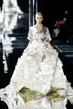 Dolce & Gabbana Spring 2009 (The top looks like pajamas but the skirt is beautiful!)