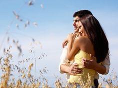 Обои настроения, мужчина, широкоэкранные, женщина, парень, любовь, HD wallpapers, влюбленные, девушка, полноэкранные, улыбка, пара, растение, природа, брюнетка, брюнет, объятия, небо, широкоформатные, love, фон