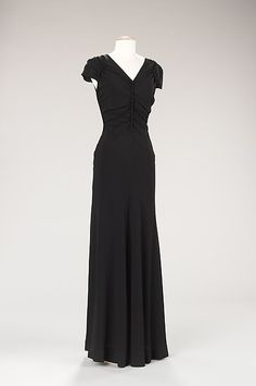 Evening dress | House of Schiaparelli | French | w inter 1938-39 | silk | Brooklyn Museum Costume Collection at The Metropolitan Museum of Art | Accession Number: 2009.300.150