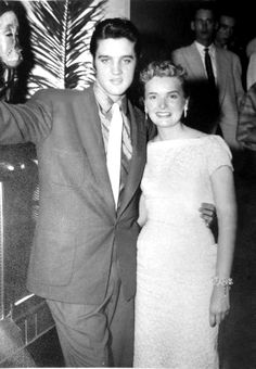 Elvis in Vegas in november 11 1956.