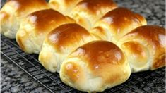 13 Pastry Recipes, Bread Recipes, Baking Recipes, Breakfast Snacks, Breakfast Recipes, Dessert Recipes, Homemade Dinner Rolls, Bread Toast, Bread And Pastries