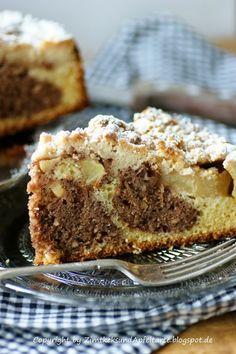 Apfel-Streuselkuchen mit Zimt und Haselnüssen - So lecker!!!!