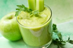 Dr. Oz's Green Drink Recipe - Jump start your mornings with this high-fiber, low-calorie breakfast drink.