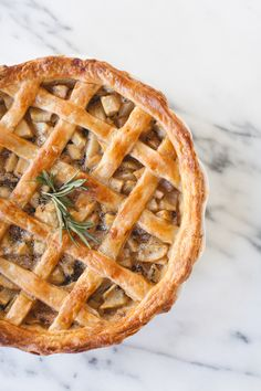 ROSEMARY PEAR PIE