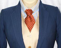 Light orange/blue suit