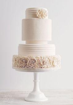 Beautiful wedding cake ideas; via De La Creme Creative Studio