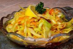 Syrové zelí je vydatným zdrojem vitamínu C a k dispozici ho máme celoročně. Při vaření dochází ke snížení léčivých účinků, proto je žádoucí konzumovat ho syrové v podobě salátů, zvlášť v zimních měsících, kdy je přísun čerstvé zeleniny malý. Nepřidávejte žádnou vodu a ani cibuli - rychle zhořkne a druhý den se to nedá jíst! Thing 1, Vegetable Recipes, Cabbage, Salads, Healthy Recipes, Healthy Food, Favorite Recipes, Vegetables, Dressings