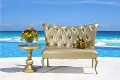 Mobiliario para Bodas / Wedding Furniture #arrangements #sofas #muebles #sillon #bodas #bodasenplaya #destinationweddings #freewedding #belaircancun #rivieramaya #hotel #cancun