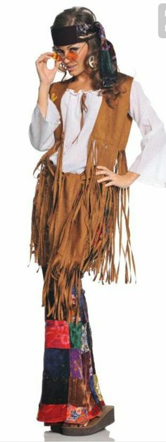 28 Best Hippie Costume Ideas for 2018 - Cool Hippie Halloween Costumes Costume Halloween, 70s Costume, Adult Costumes, Costumes For Women, Adult Halloween, 1960s Costumes, Diy Hippie Costume, Halloween City, Halloween Parties