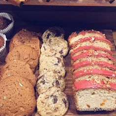I just can't resist! #TuesdayTreat #Foodie #Foodporn #instadaily #instagood #ukblogger #foodblogger #goodmorning #Happyplace #baked #Treats #lifestyle #fblogger #bblogger